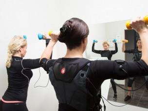 ems fitness treniņš ar treneri